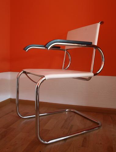 marcel breuer freischwinger d 40 tecta formsch n. Black Bedroom Furniture Sets. Home Design Ideas